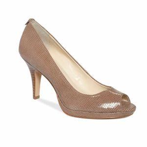 Calvin Klein Kail Patent Lizard Heel (Taupe - 8)